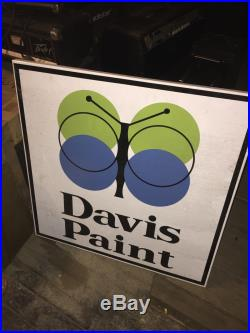 ORIGINAL VINTAGE DAVIS Paint PORCELAIN Advertising SIGN PAINTS Rare Design